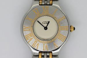 must de Cartier21 の風防ガラス交換